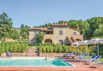 5 bedroom Villa for rent in Castiglion Fiorentino