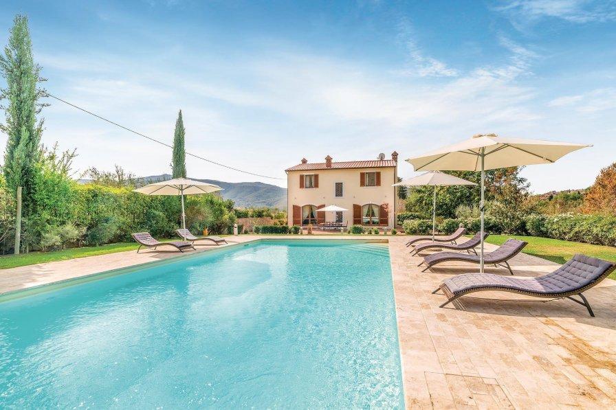 Villa in Italy, Santa Margherita AR