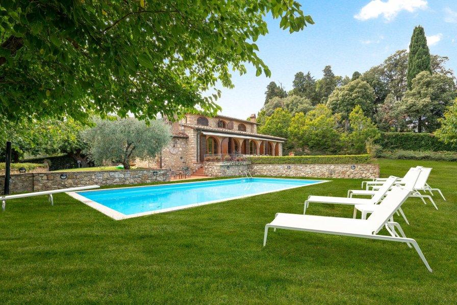 Villa in Italy, Sammuro