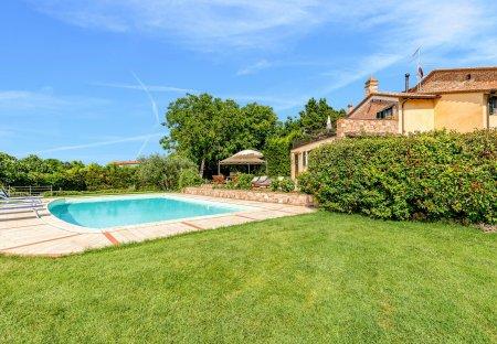Villa in Castiglione del Lago, Italy