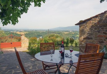 3 bedroom Villa for rent in Civitella in Val di Chiana