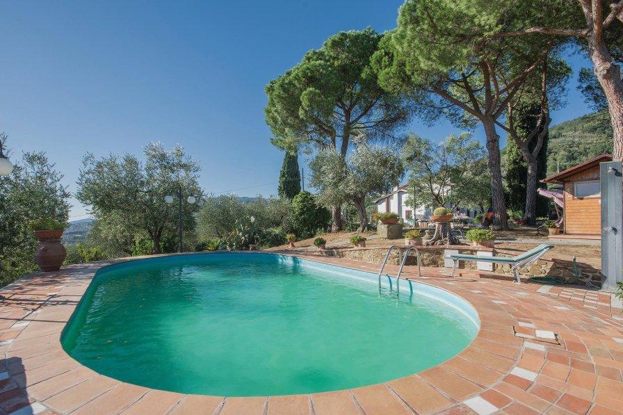 Villa in Italy, Uzzano