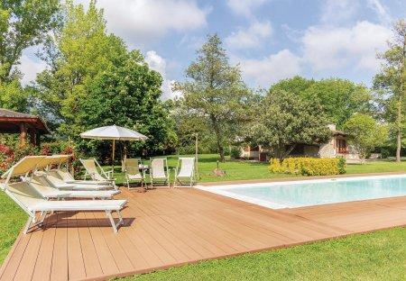 Villa in Pietrasanta, Italy
