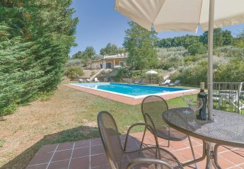 4 bedroom Villa for rent in Bettona