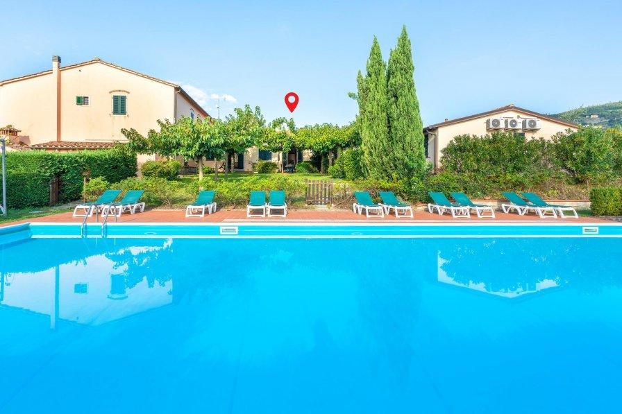 Apartment in Italy, Pistoia