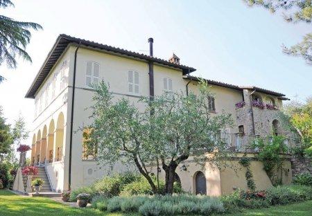 Apartment in Montone, Italy