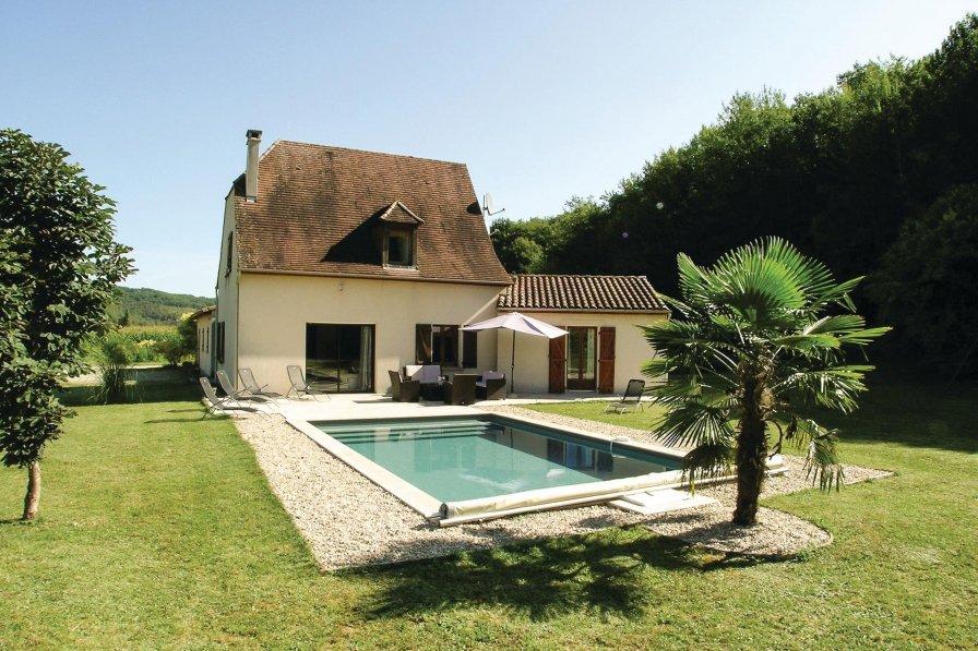 Villa with private pool in Dordogne