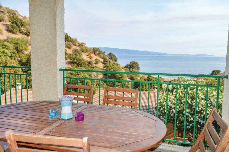 Apartment rental in Corsica