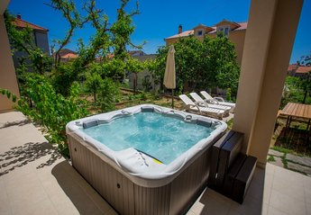 3 bedroom Apartment for rent in Trogir