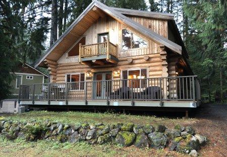 Cabin in Mount Baker, Washington