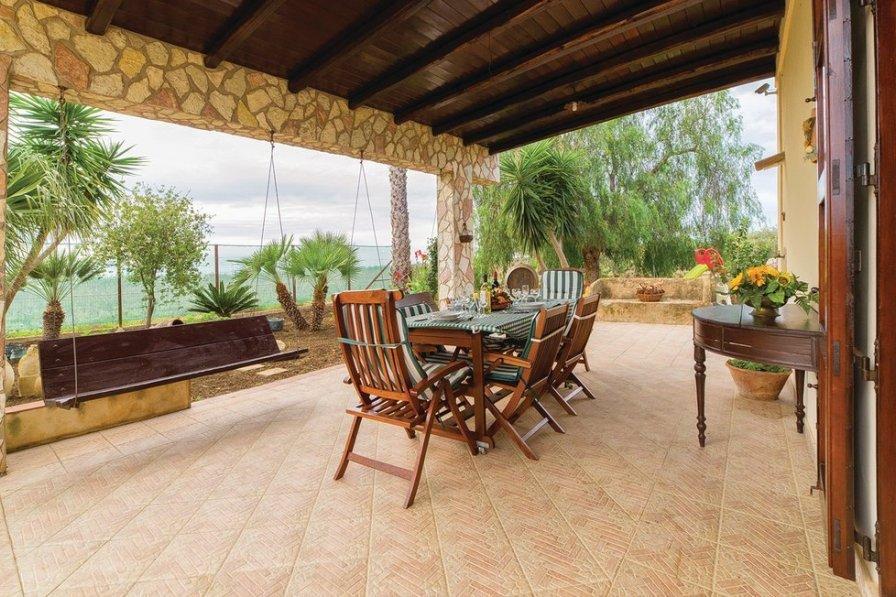 Villa in Italy, Menfi