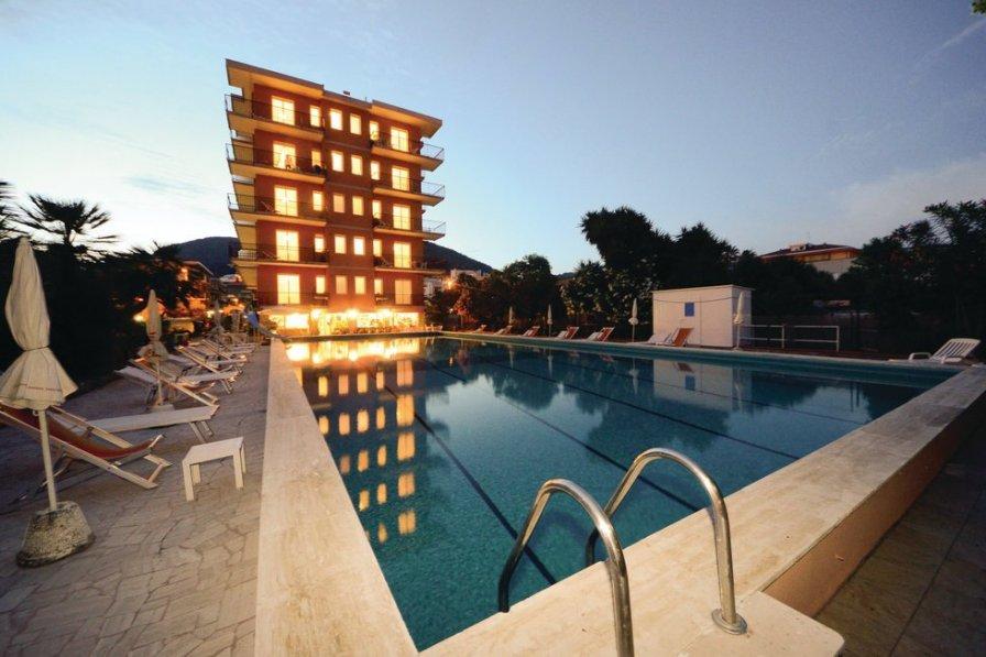 Apartment in Italy, Pietra Ligure