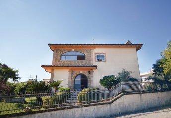 6 bedroom Villa for rent in Magliano Sabina