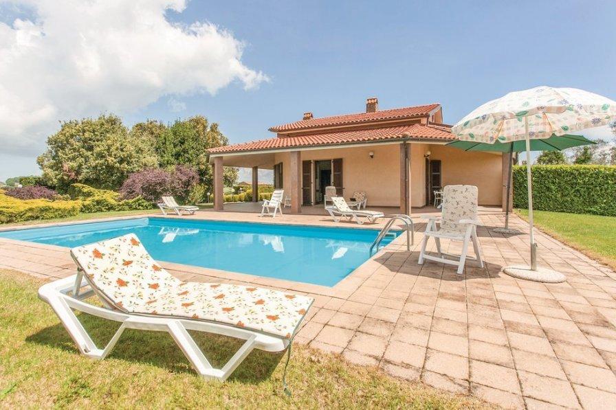 Villa in Italy, Lubriano