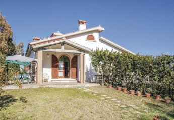 2 bedroom Villa for rent in Grosseto