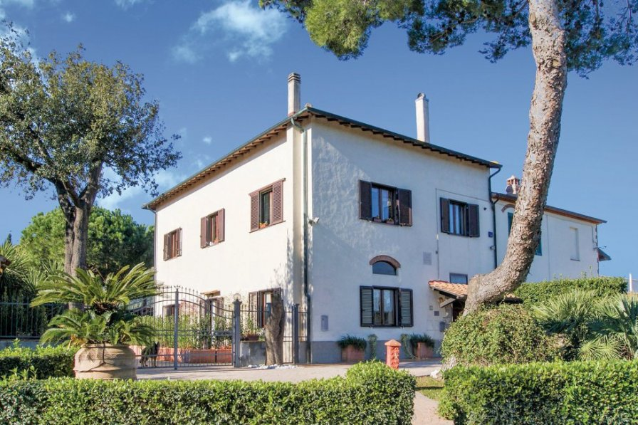 Villa in Italy, Piombino