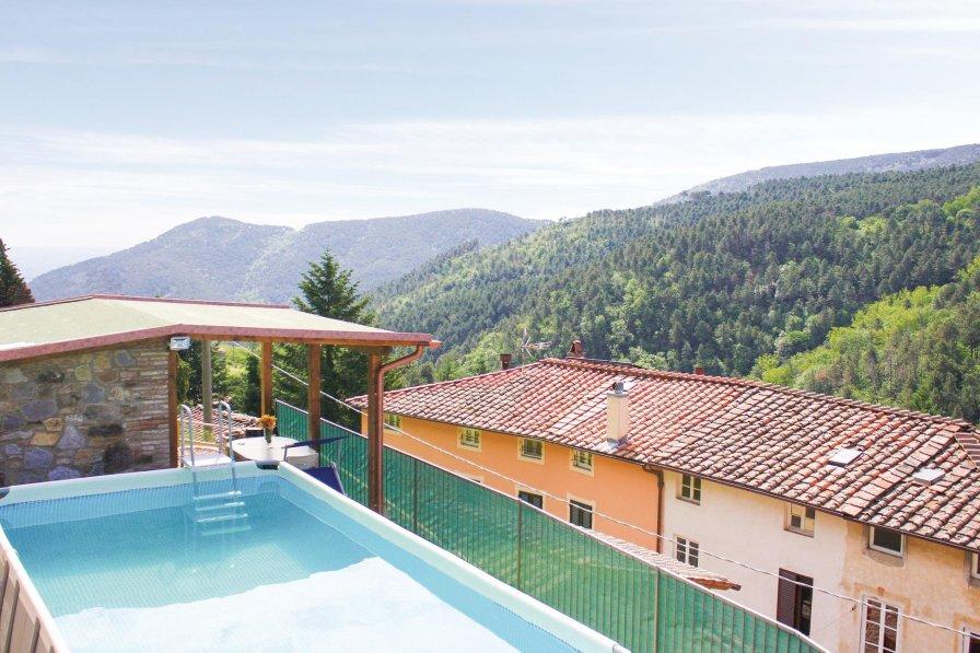 Villa in Italy, Ruota
