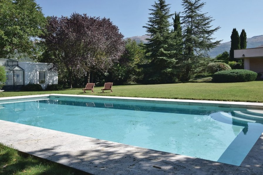 Holiday villa in Isernia with private pool
