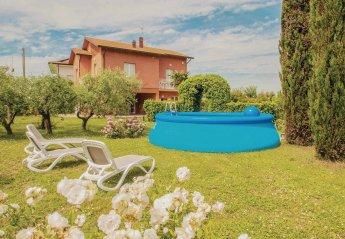 Villa in Italy, Casette