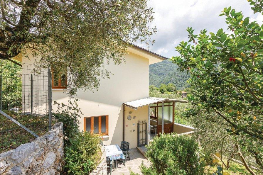 Villa in Italy, Casoli di Camaiore