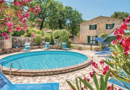 Villa in Bevagna, Italy