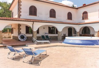 7 bedroom Villa for rent in Perdifumo