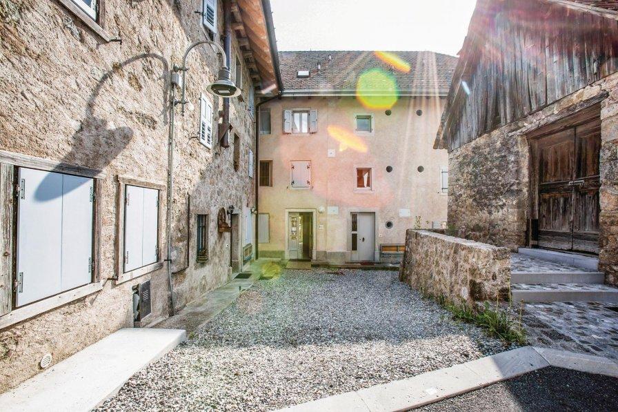 Studio apartment in Italy, Maranzanis