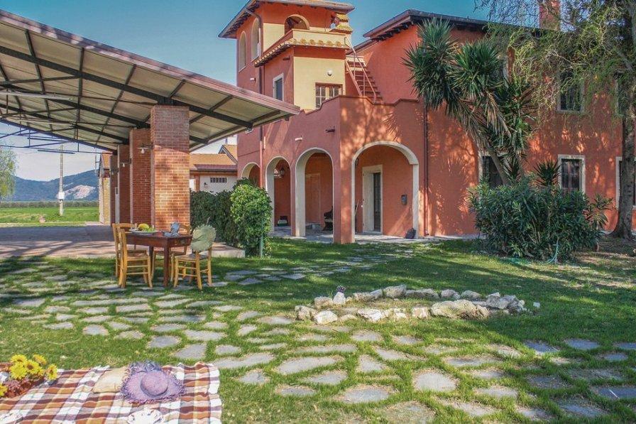 Villa in Italy, Vecchiano