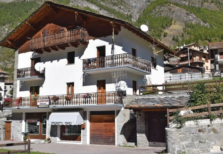 Apartment in Epinel, Italy
