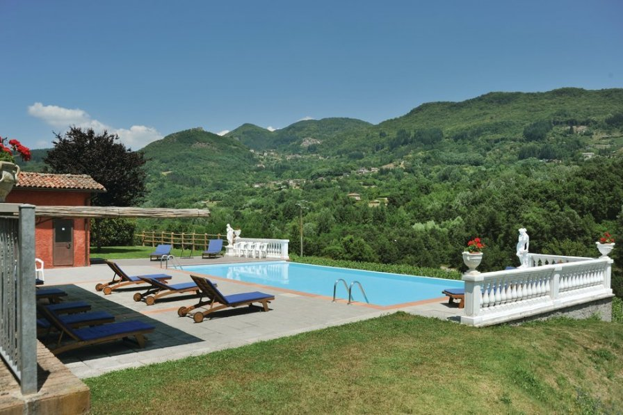 Apartment in Italy, Camporgiano