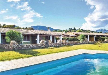 Villa in Abba Urci, Sardinia