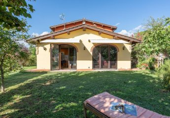 2 bedroom Villa for rent in Vicchio