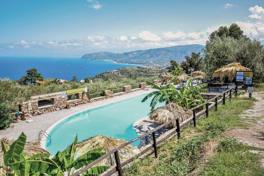 Apartment To Rent In Santa Margherita Sicily With Shared