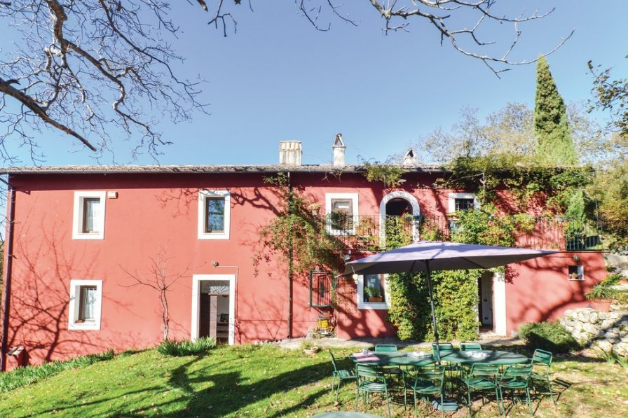 Villa in Italy, Settefrati