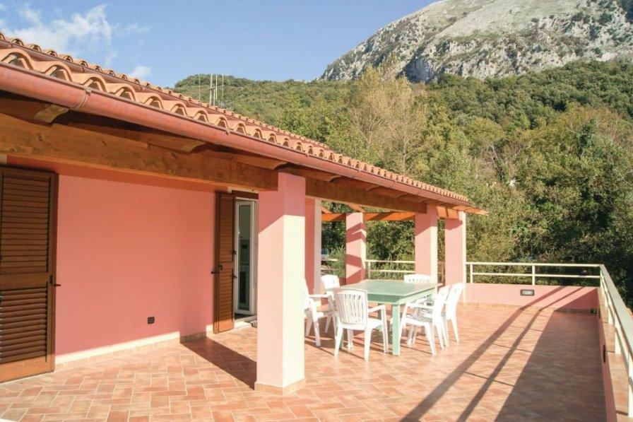 Maratea villa to rent