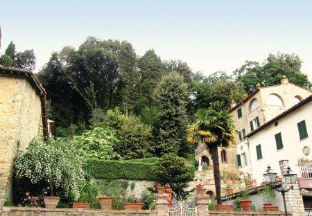 Apartment in Castelnuovo di Val di Cecina, Italy