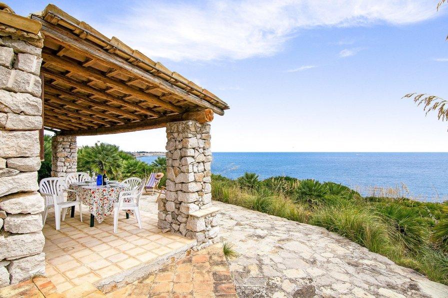 Villa in Italy, Zarbo di Mare