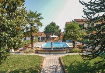 Apartment in Italy, Azzano d'Asti: