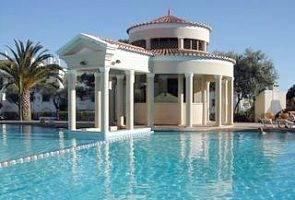 Villa in Portugal, Vilamoura: Fancy a swim....?