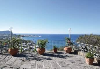 4 bedroom Apartment for rent in Forio