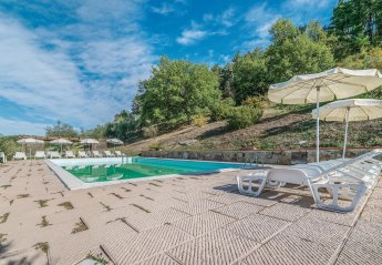 2 bedroom Villa for rent in Dicomano