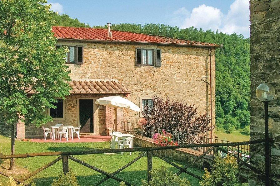 Villa in Italy, Dicomano
