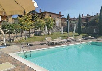 Villa in Italy, Contignano