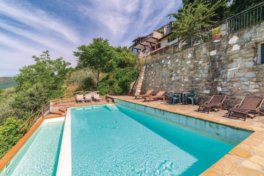 Villa in Italy, Loro Ciuffenna