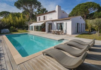 Villa in France, Vaug