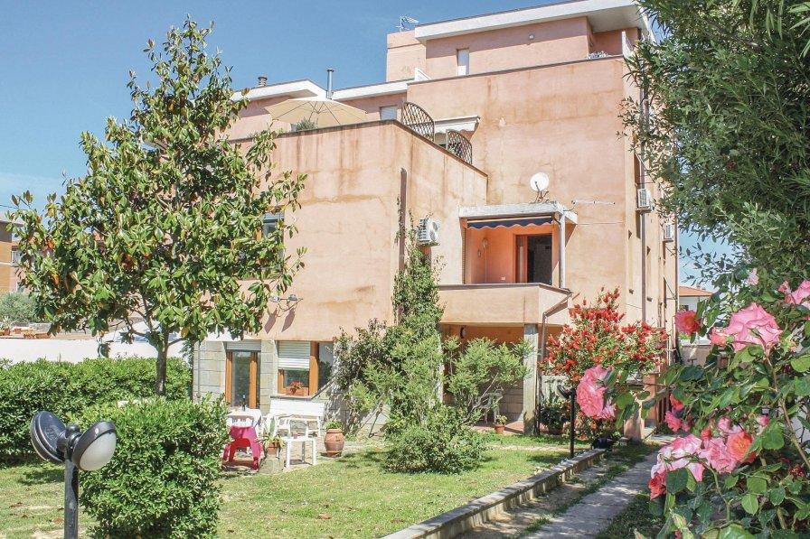 Apartment in Italy, Livorno