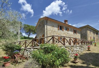 2 bedroom Villa for rent in Anghiari