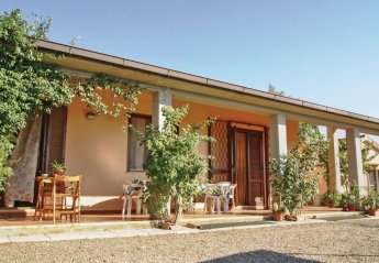 2 bedroom Villa for rent in Gavorrano