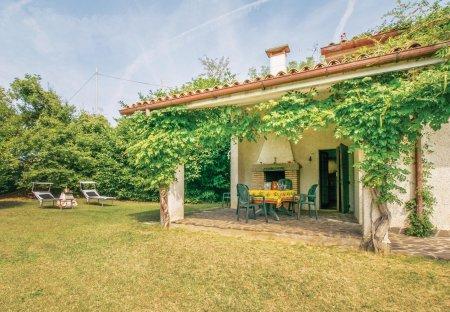 Villa in Albettone, Italy