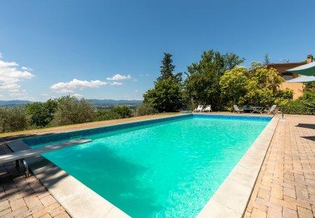 Villa in Sant'Anastasio, Italy